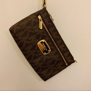 Michael Kors Wristlet Brown & Gold BRAND NEW